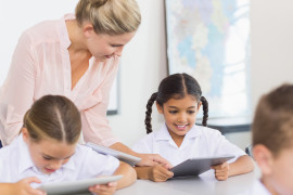 Le tecnologie digitali a scuola, tra missionari e catastrofisti