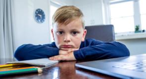 """""""Andare"""" o """"essere"""" a scuola? Dialogo sull'homeschooling"""